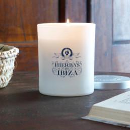 Velas perfumadas de la marca Hierbas de Ibiza